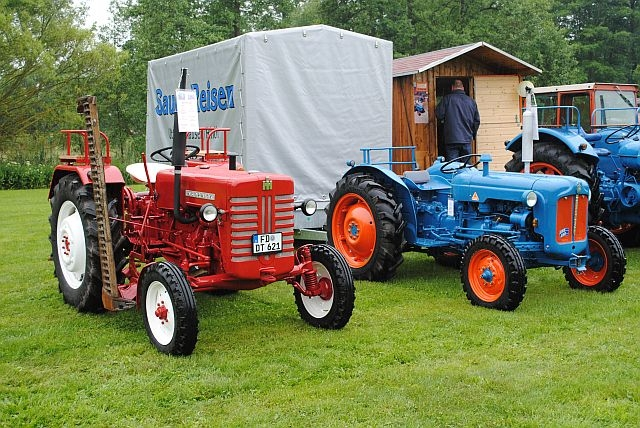 traktortreffen (32).JPG