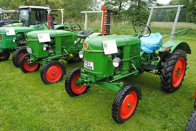 traktortreffen (54).JPG