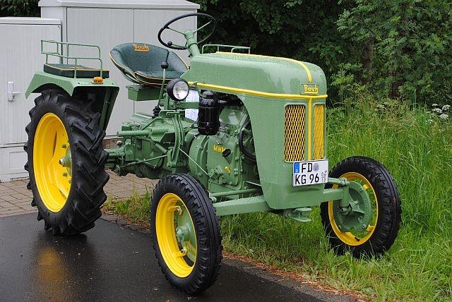 traktortreffen (70).JPG